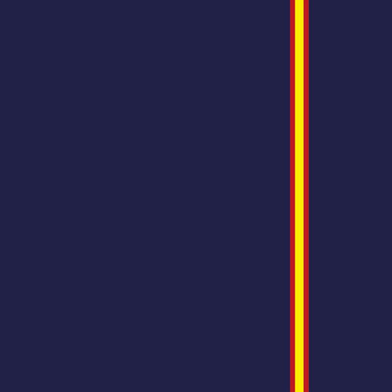 Mascarilla reutilizable con diseño bandera de España fondo azul marino. Fabricada en España.
