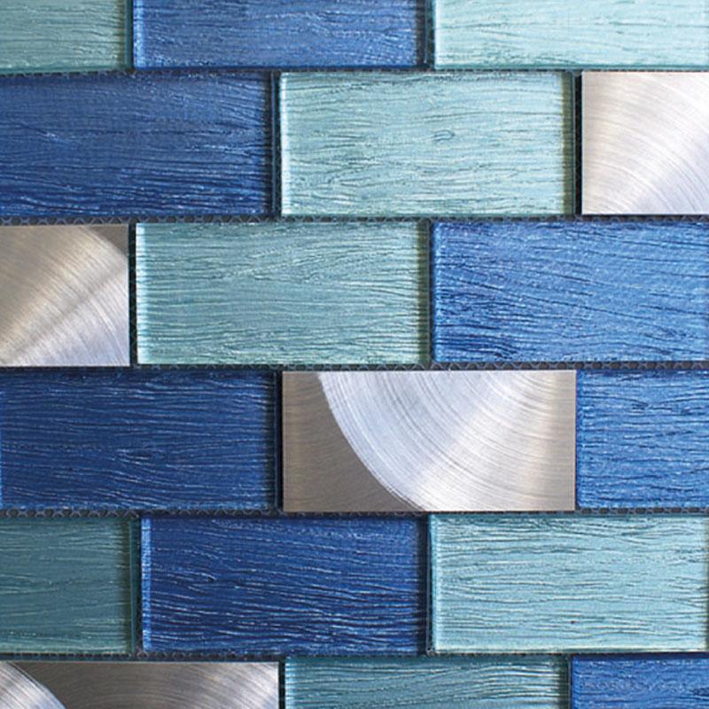 Mascarilla reutilizable con diseño muro. Fabricada en España.